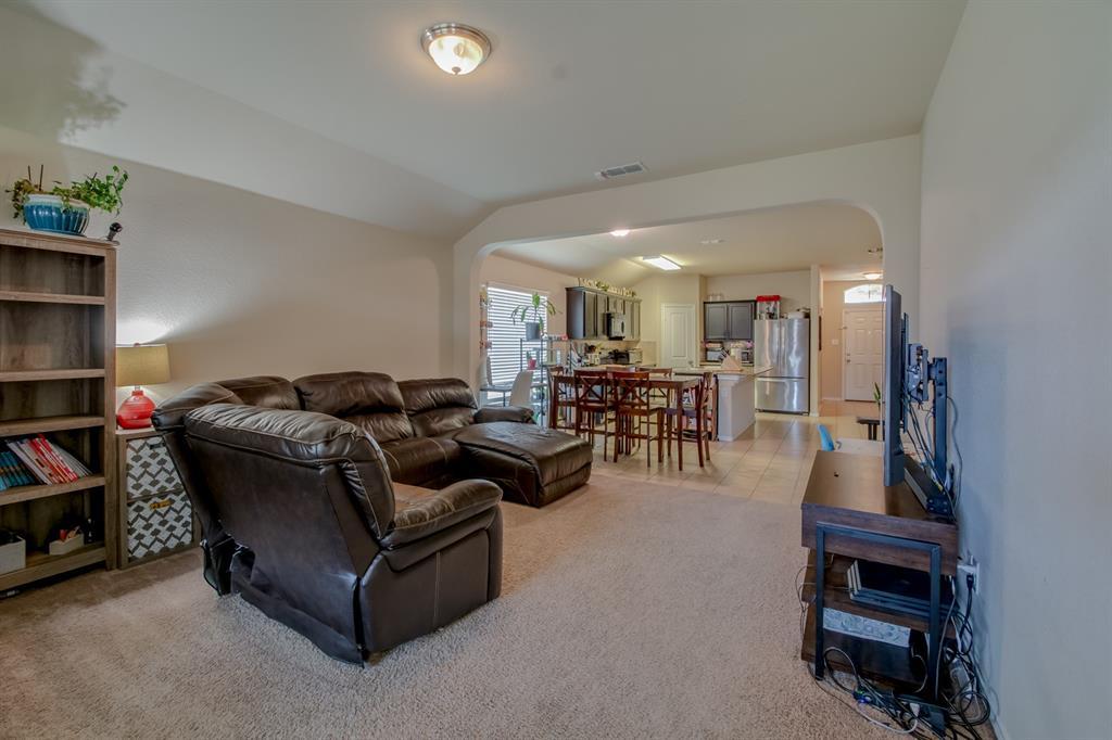 10208 Almondtree  Drive, Fort Worth, Texas 76140 - acquisto real estate best prosper realtor susan cancemi windfarms realtor