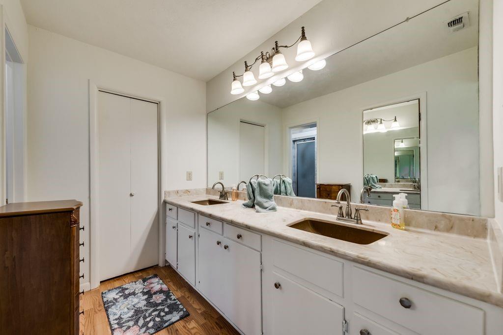 221 Laurel Lane, Fairfield, Texas 75840 - acquisto real estate best looking realtor in america shana acquisto