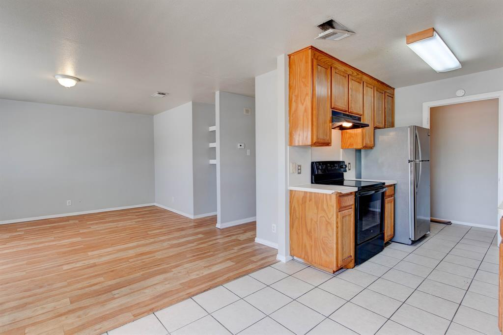 609 Race  Street, Crowley, Texas 76036 - acquisto real estate best highland park realtor amy gasperini fast real estate service