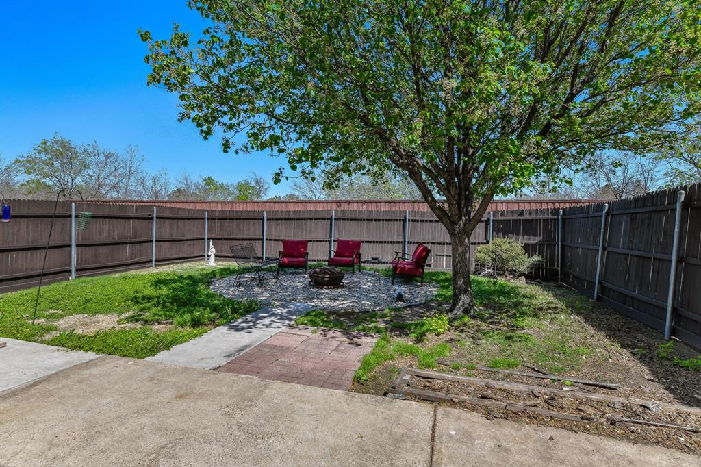 6608 Autumn Trail, The Colony, Texas 75056 - acquisto real estate best negotiating realtor linda miller declutter realtor