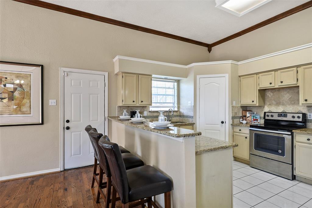 604 Austin Drive, DeSoto, Texas 75115 - acquisto real estate best highland park realtor amy gasperini fast real estate service