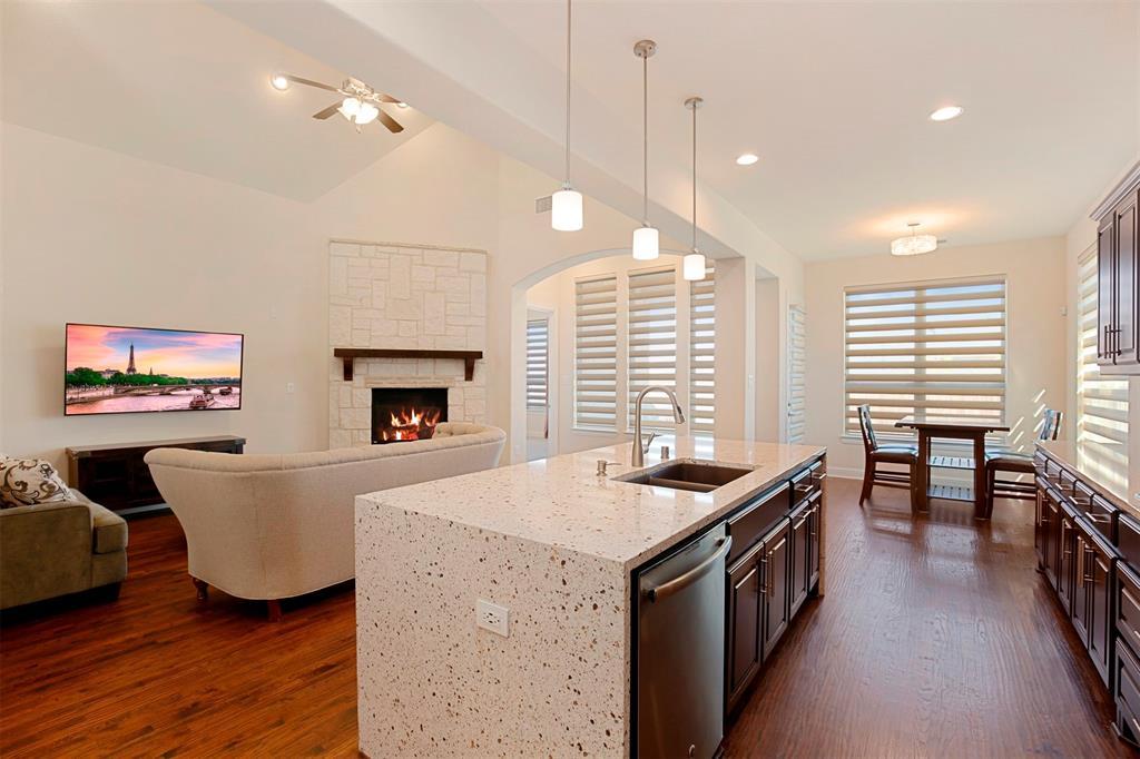 7335 Meler Lane, Irving, Texas 75063 - acquisto real estate best highland park realtor amy gasperini fast real estate service