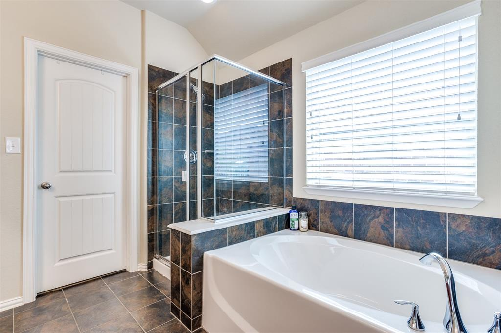 2924 Greenway  Drive, Burleson, Texas 76028 - acquisto real estate best investor home specialist mike shepherd relocation expert
