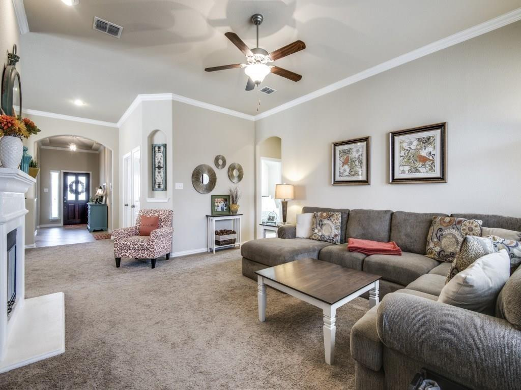 1305 Hudson Lane, Prosper, Texas 75078 - acquisto real estate best the colony realtor linda miller the bridges real estate