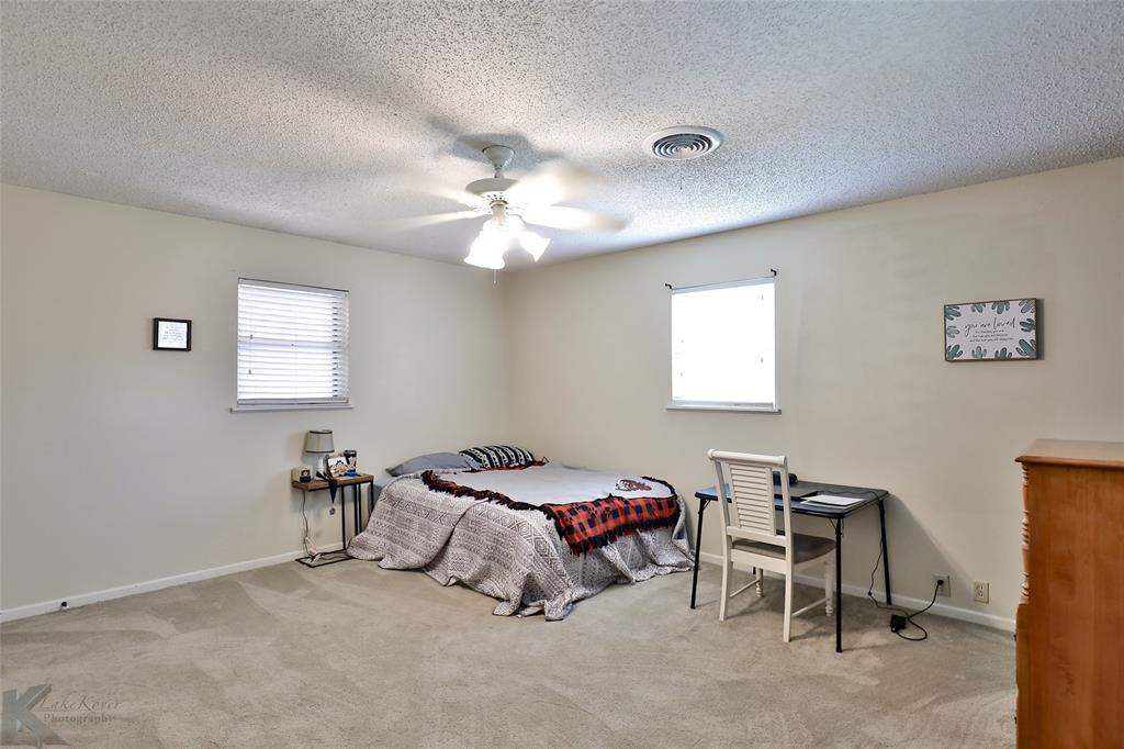 2215 Oakwood  Lane, Abilene, Texas 79605 - acquisto real estate best negotiating realtor linda miller declutter realtor