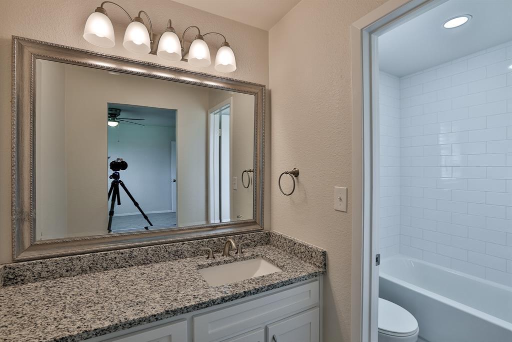 200 Lochness  Lane, Benbrook, Texas 76126 - acquisto real estate best designer and realtor hannah ewing kind realtor