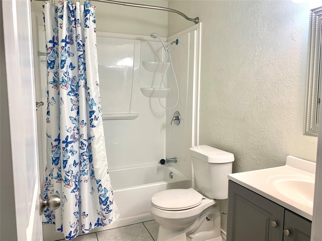 312 Navarro  Lane, Grand Prairie, Texas 75052 - acquisto real estate best listing agent in the nation shana acquisto estate realtor