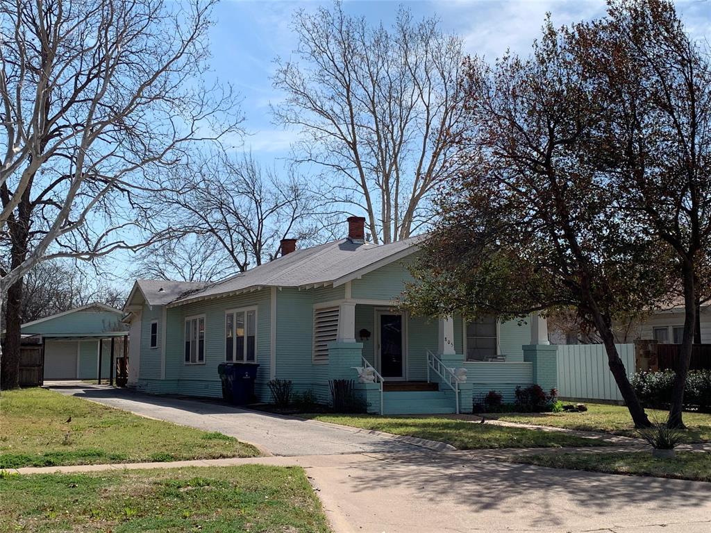 805 Virginia Street, Graham, Texas 76450 - Acquisto Real Estate best plano realtor mike Shepherd home owners association expert