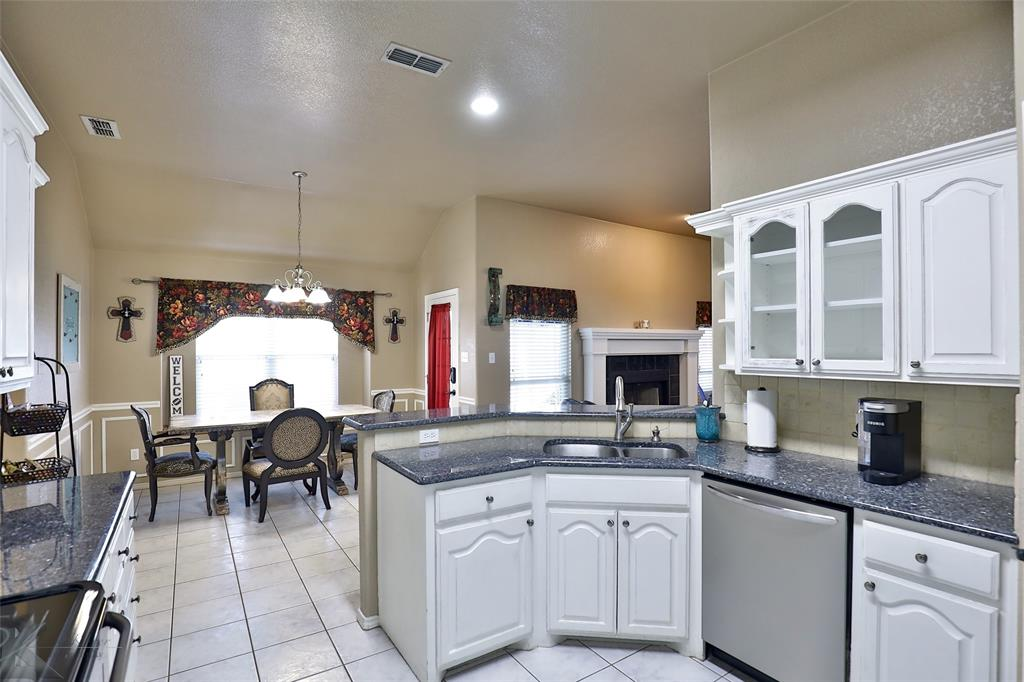 5118 Holly Way, Abilene, Texas 79606 - acquisto real estate best flower mound realtor jody daley lake highalands agent of the year