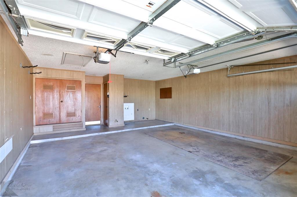 2909 21st  Street, Abilene, Texas 79605 - acquisto real estate smartest realtor in america shana acquisto