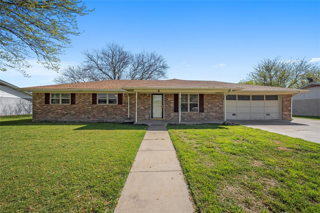 615 Ave O Clifton, Texas 76634 - Acquisto Real Estate best plano realtor mike Shepherd home owners association expert