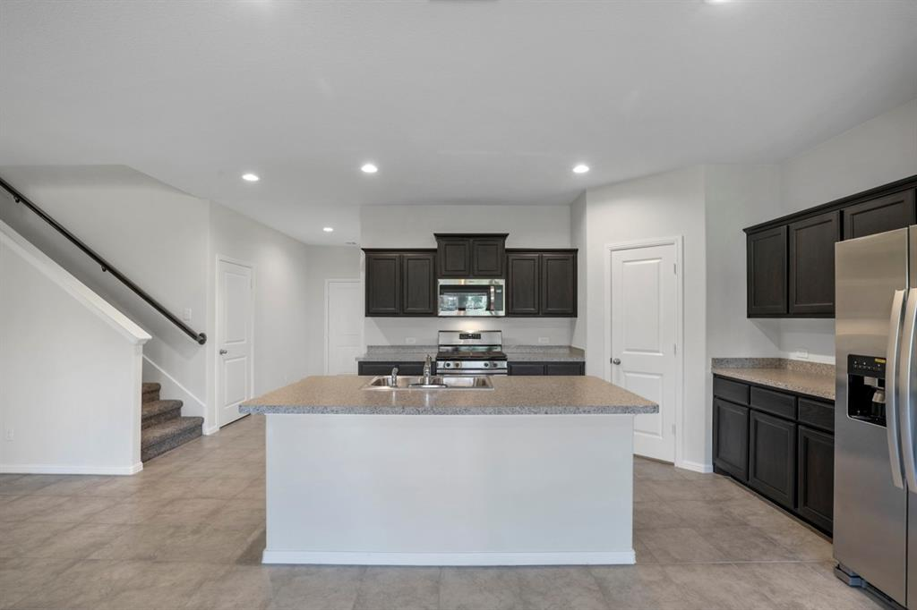 9352 HERRINGBONE Drive, Fort Worth, Texas 76131 - acquisto real estate best the colony realtor linda miller the bridges real estate