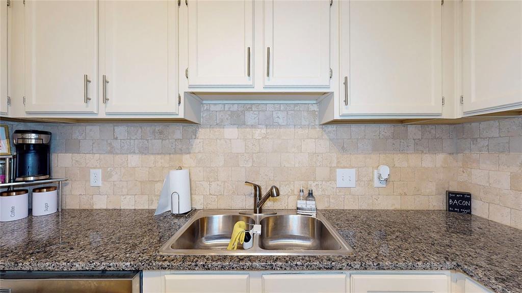 6900 Skillman Street, Dallas, Texas 75231 - acquisto real estate best frisco real estate agent amy gasperini panther creek realtor
