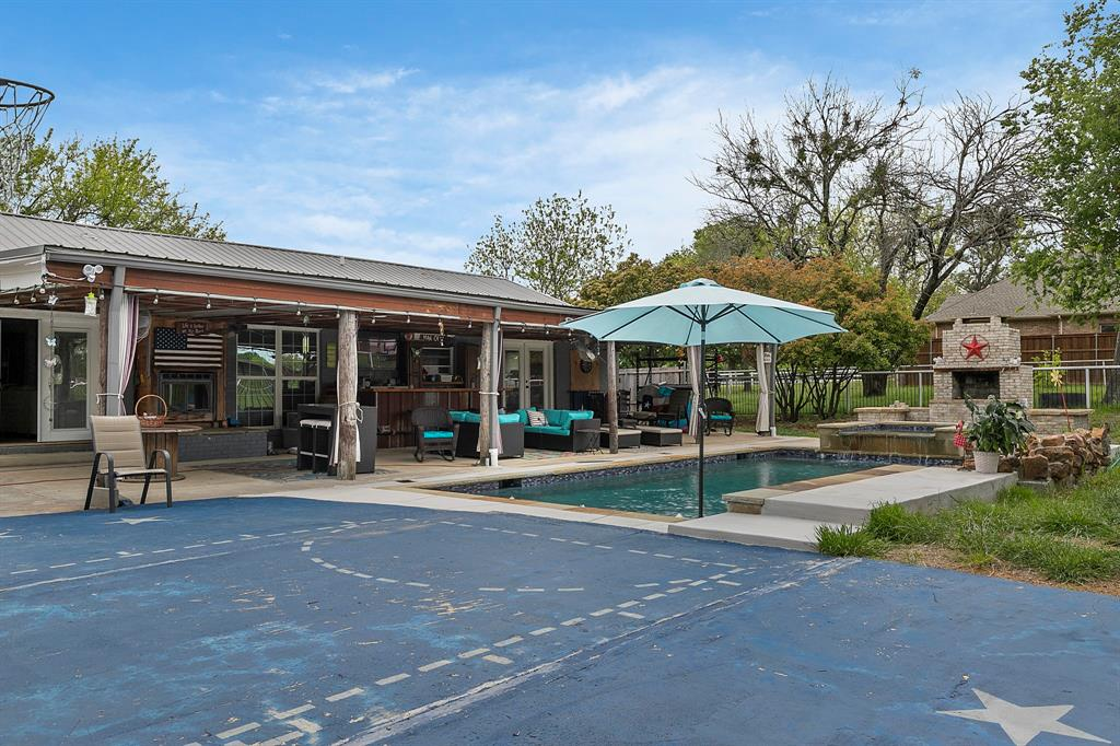 5901 Sachse  Road, Sachse, Texas 75048 - acquisto real estate agent of the year mike shepherd