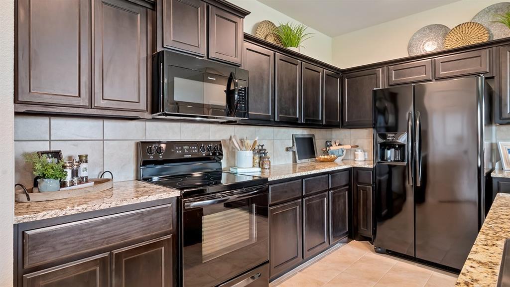 9341 DOVERGLEN Drive, Fort Worth, Texas 76131 - acquisto real estate best allen realtor kim miller hunters creek expert