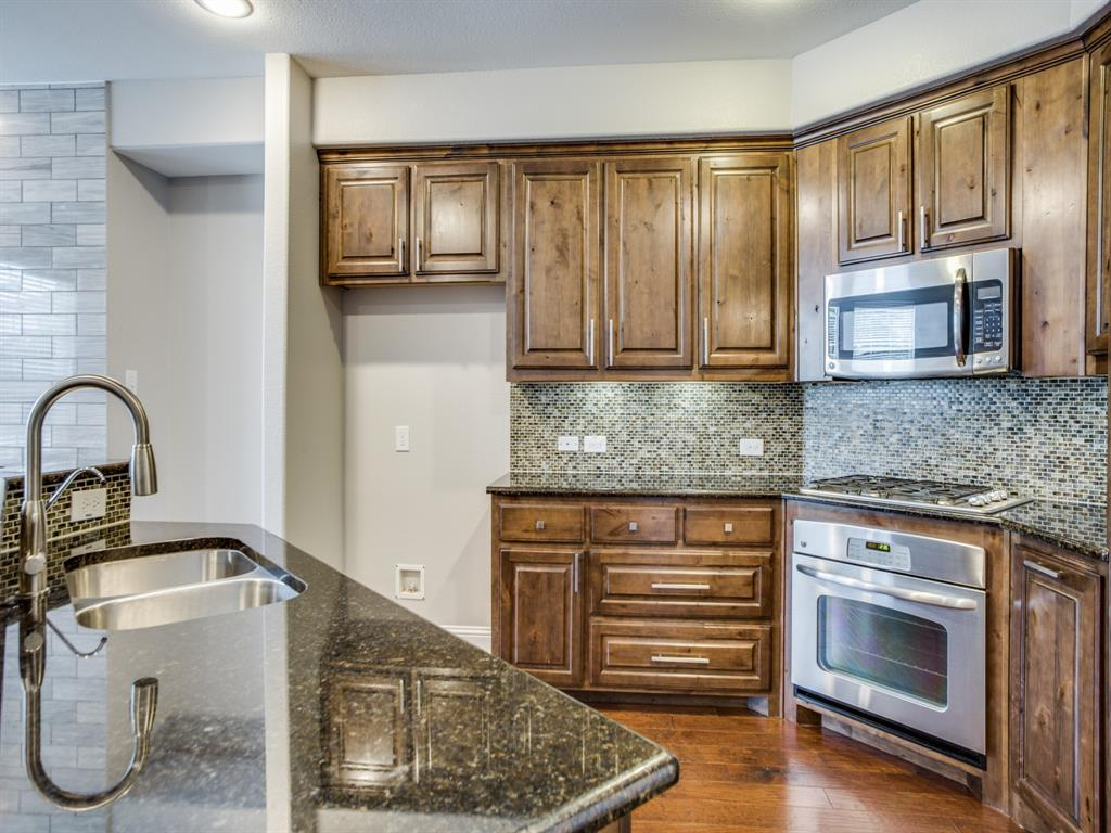 5761 Headquarters Drive, Plano, Texas 75024 - acquisto real estate best real estate company to work for