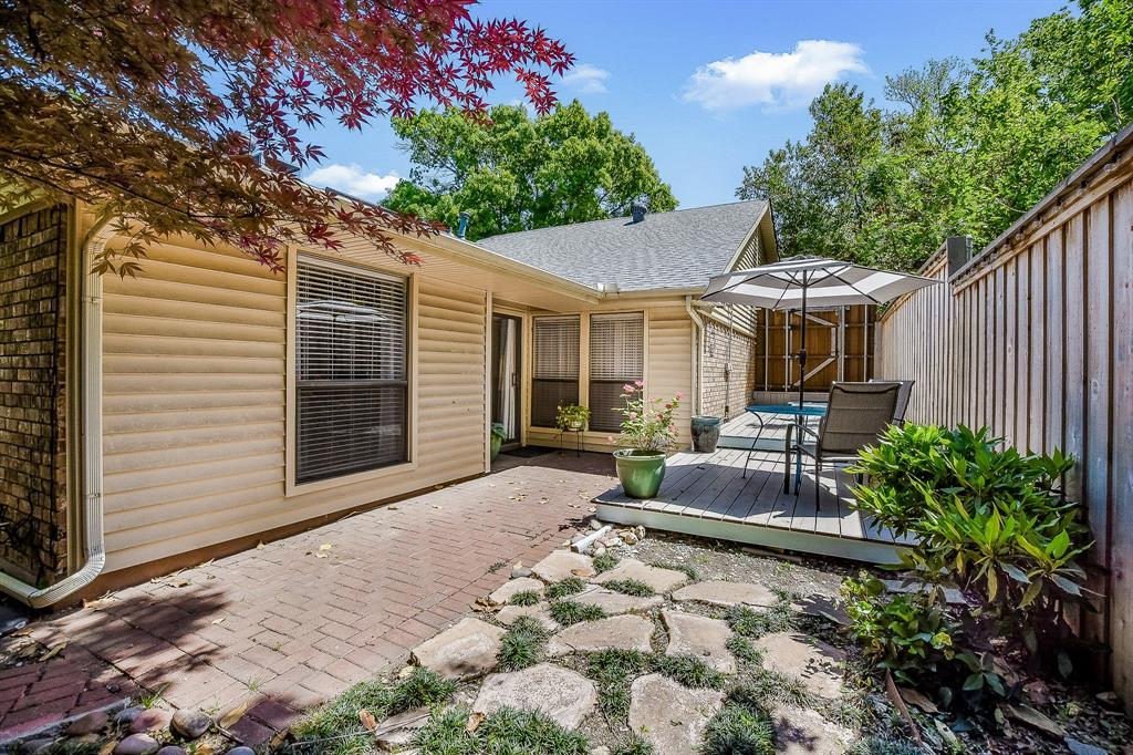 2820 Prescott  Drive, Carrollton, Texas 75006 - acquisto real estate best plano real estate agent mike shepherd