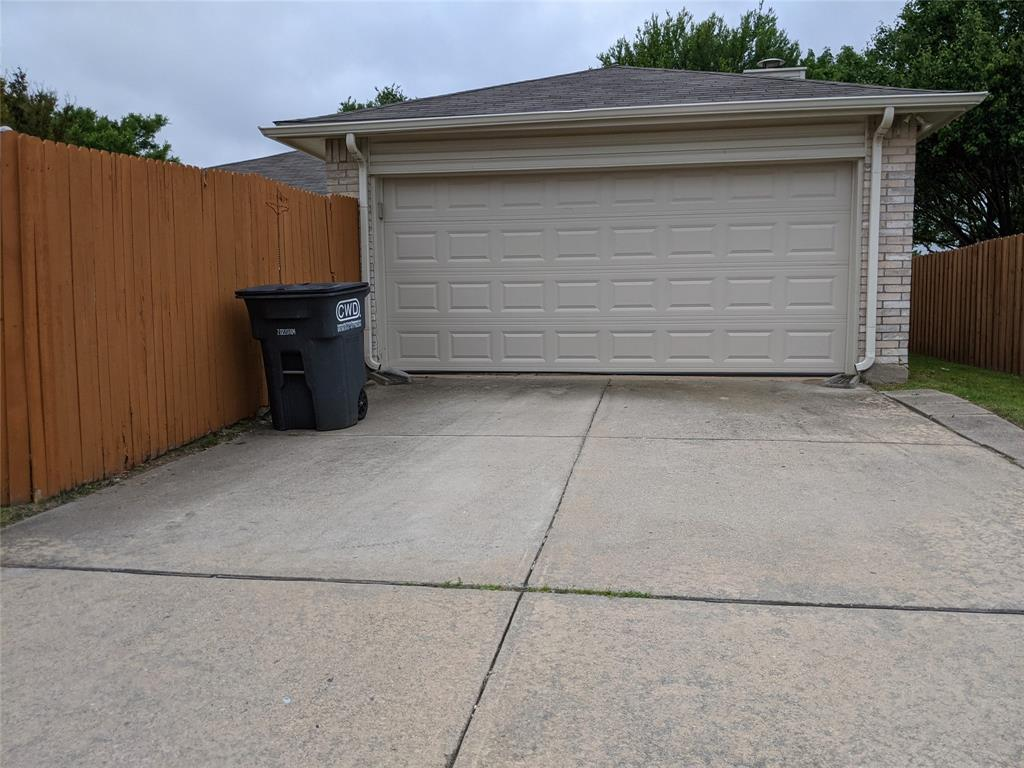 905 Meadowgate  Drive, Allen, Texas 75002 - acquisto real estate best designer and realtor hannah ewing kind realtor