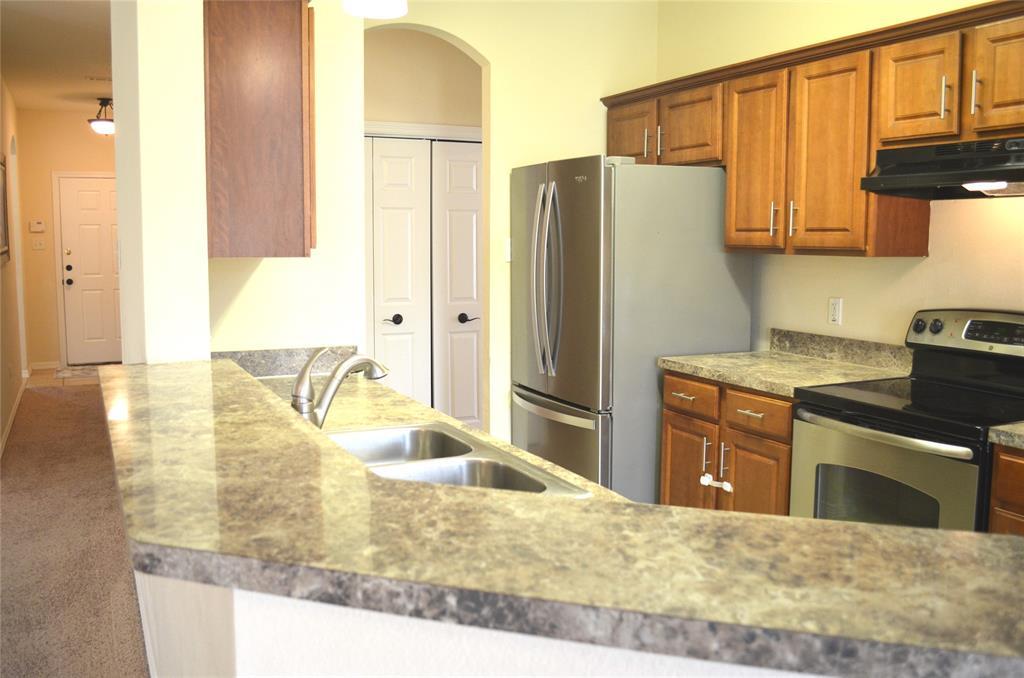 4500 Ashbury  Lane, Mansfield, Texas 76063 - acquisto real estate best celina realtor logan lawrence best dressed realtor