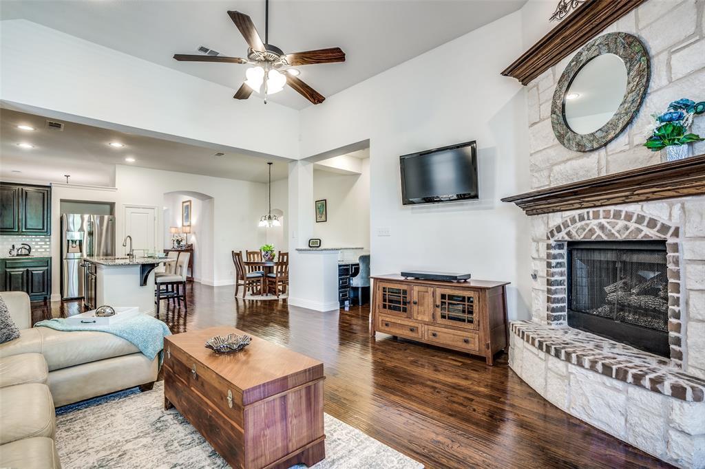 5404 Grove Cove  Drive, McKinney, Texas 75071 - acquisto real estate best highland park realtor amy gasperini fast real estate service