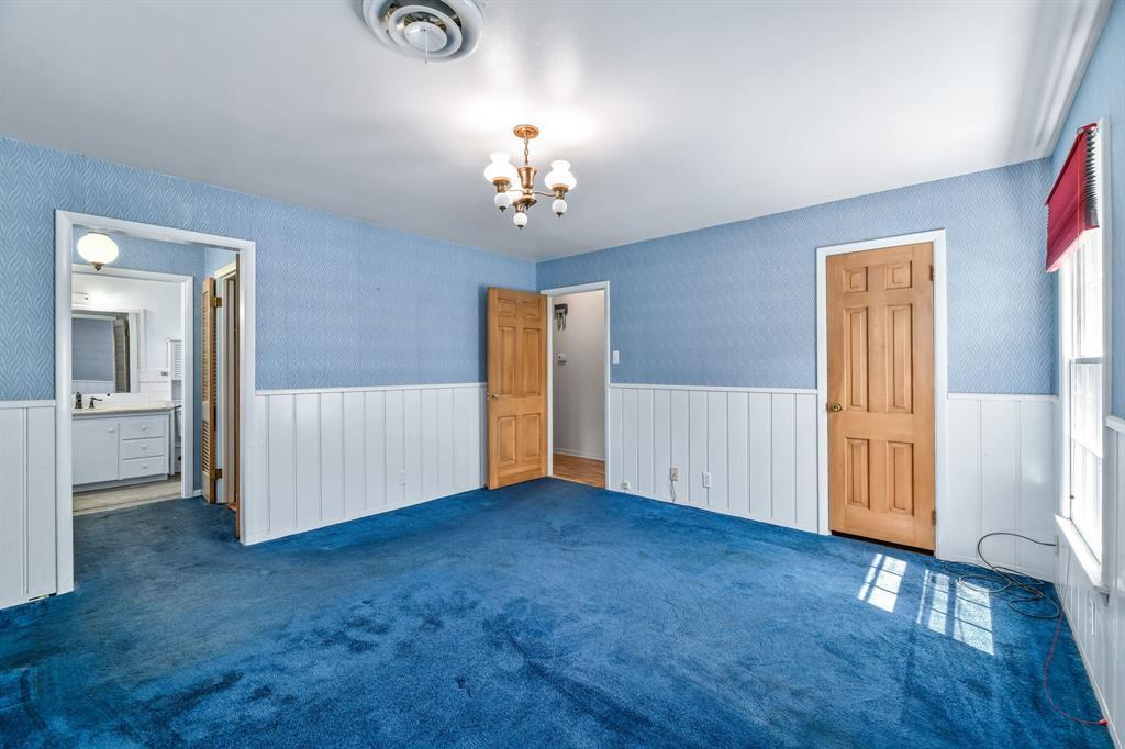 2428 Oakridge Street, Denton, Texas 76209 - acquisto real estate best designer and realtor hannah ewing kind realtor