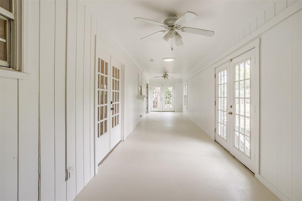 4001 Plantation  Drive, Benbrook, Texas 76116 - acquisto real estate best realtor dallas texas linda miller agent for cultural buyers