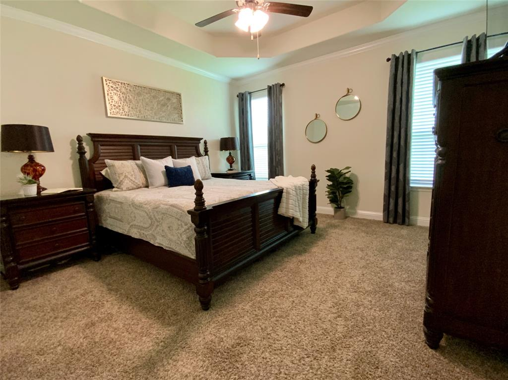 1812 Spinnaker Drive, Denton, Texas 76210 - acquisto real estate best listing agent in the nation shana acquisto estate realtor