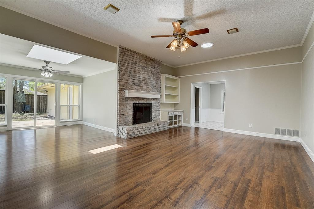 1810 Vassar Drive, Richardson, Texas 75081 - acquisto real estate best negotiating realtor linda miller declutter realtor