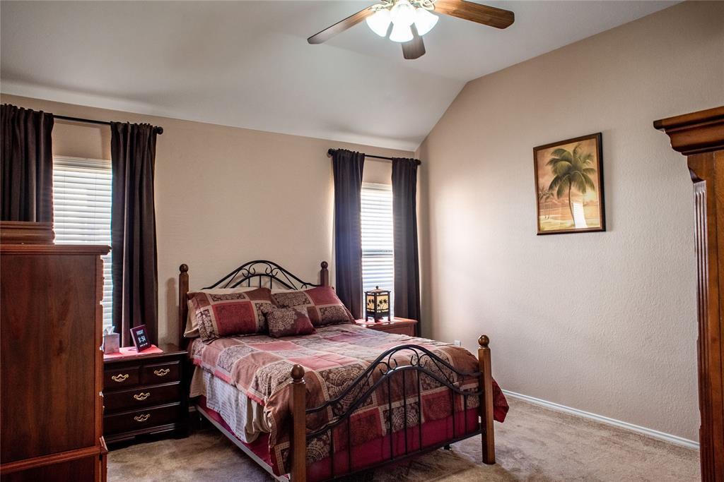 5812 Hidden Pine  Lane, McKinney, Texas 75070 - acquisto real estate best new home sales realtor linda miller executor real estate