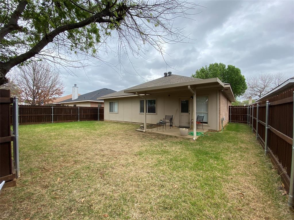 317 Texas  Drive, Lake Dallas, Texas 75065 - acquisto real estate best realtor dallas texas linda miller agent for cultural buyers
