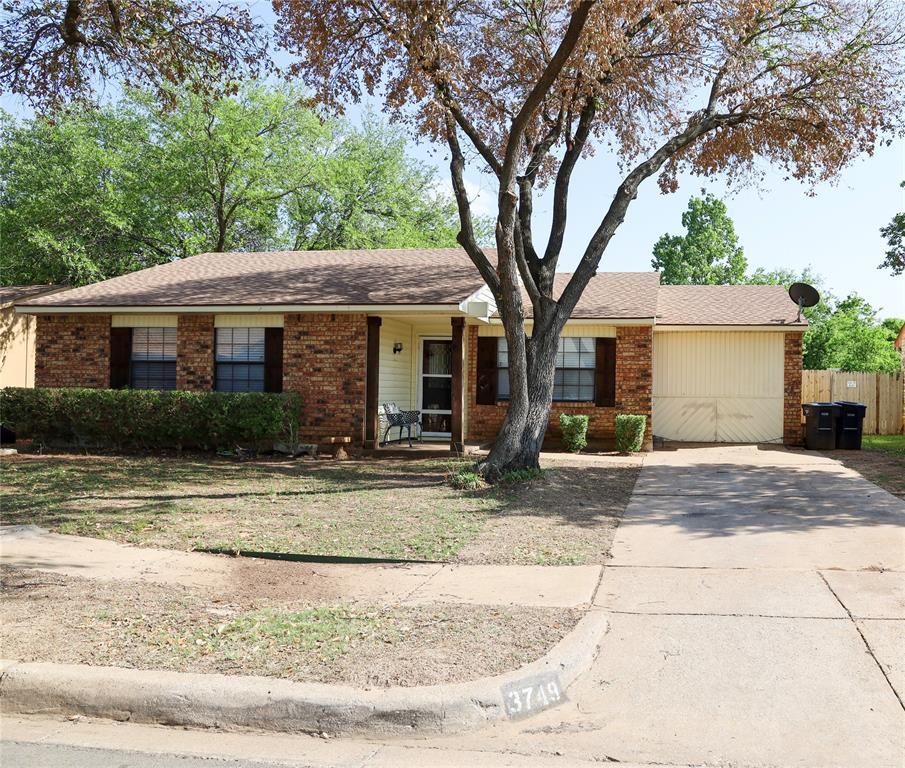 3749 Bee Tree  Lane, Fort Worth, Texas 76133 - Acquisto Real Estate best mckinney realtor hannah ewing stonebridge ranch expert