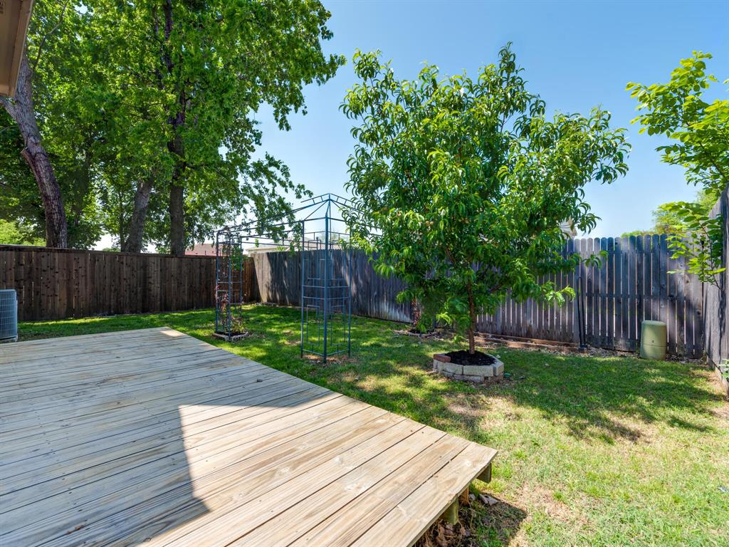 912 Azalia  Drive, Lewisville, Texas 75067 - acquisto real estate best plano real estate agent mike shepherd