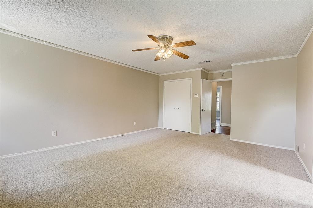 1810 Vassar Drive, Richardson, Texas 75081 - acquisto real estate best new home sales realtor linda miller executor real estate