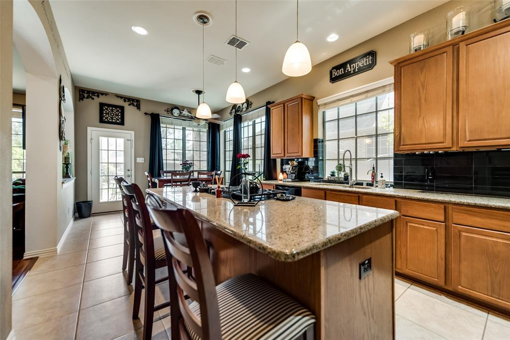 2808 Pioneer  Drive, Melissa, Texas 75454 - acquisto real estate best photos for luxury listings amy gasperini quick sale real estate