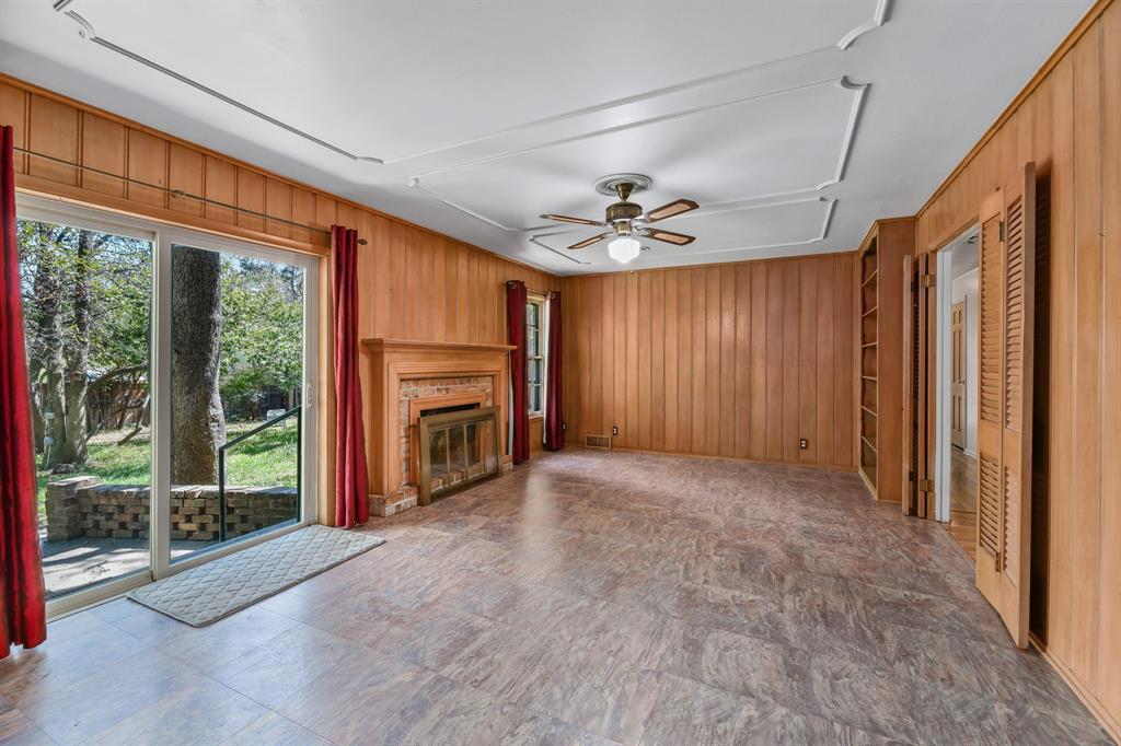 2428 Oakridge Street, Denton, Texas 76209 - acquisto real estate best real estate company in frisco texas real estate showings