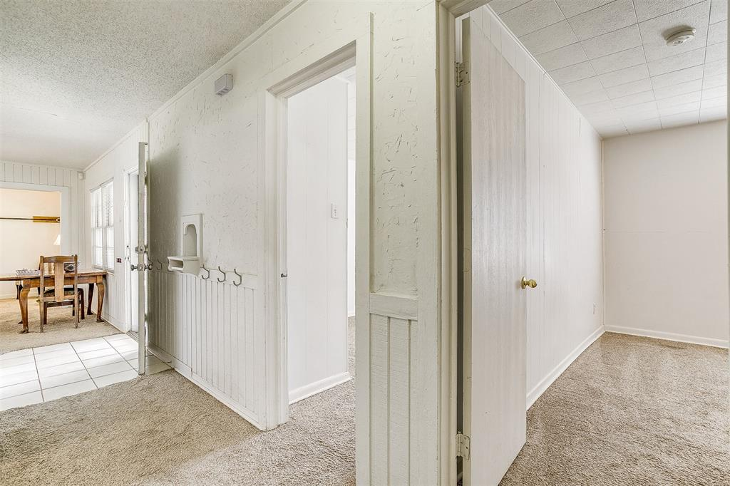5884 Tracyne  Drive, Westworth Village, Texas 76114 - acquisto real estate best negotiating realtor linda miller declutter realtor