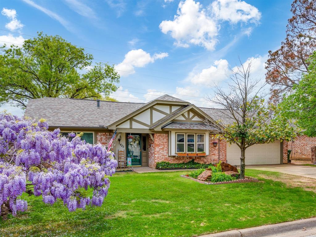 425 Mountainview Drive, Hurst, Texas 76054 - acquisto real estate nicest realtor in america shana acquisto