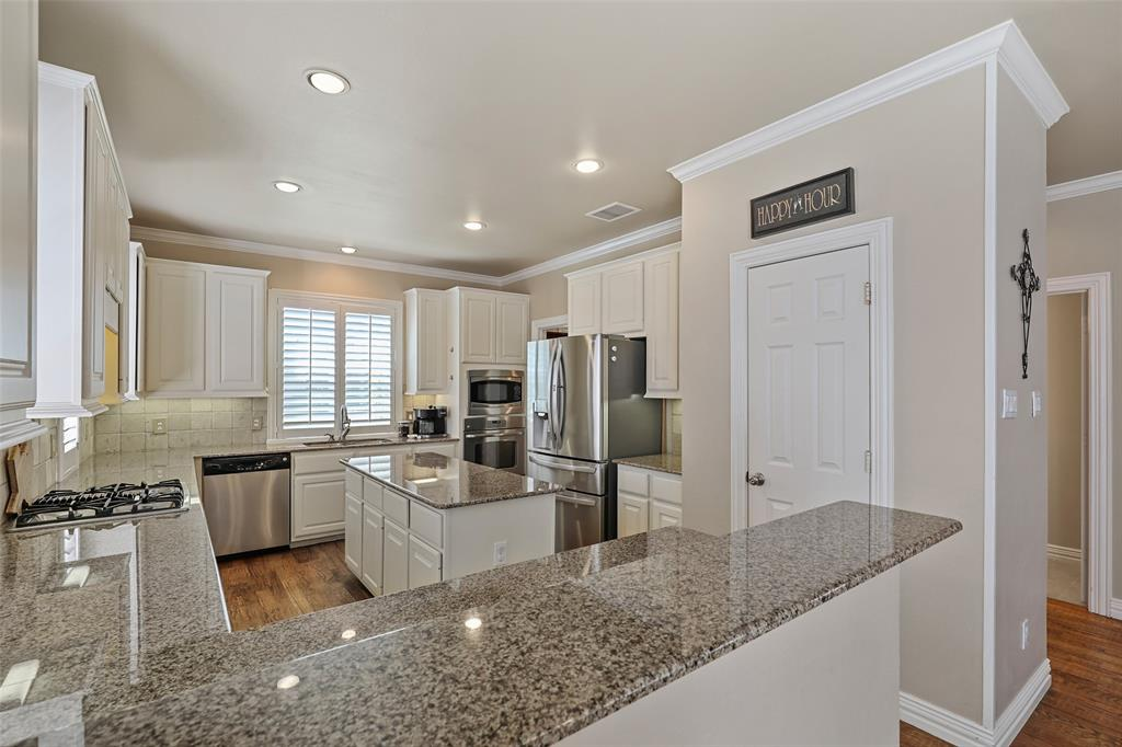 3828 Peppertree  Drive, Carrollton, Texas 75007 - acquisto real estate best flower mound realtor jody daley lake highalands agent of the year