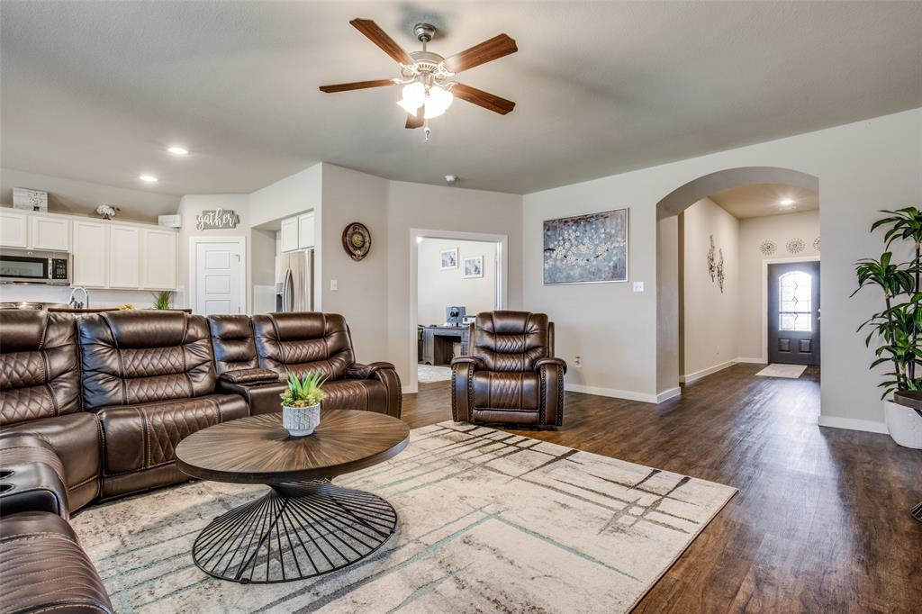 1304 Lawnview Drive, Forney, Texas 75126 - acquisto real estate best prosper realtor susan cancemi windfarms realtor