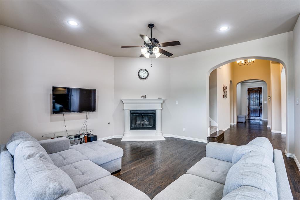 6913 Denali  Drive, McKinney, Texas 75070 - acquisto real estate best celina realtor logan lawrence best dressed realtor