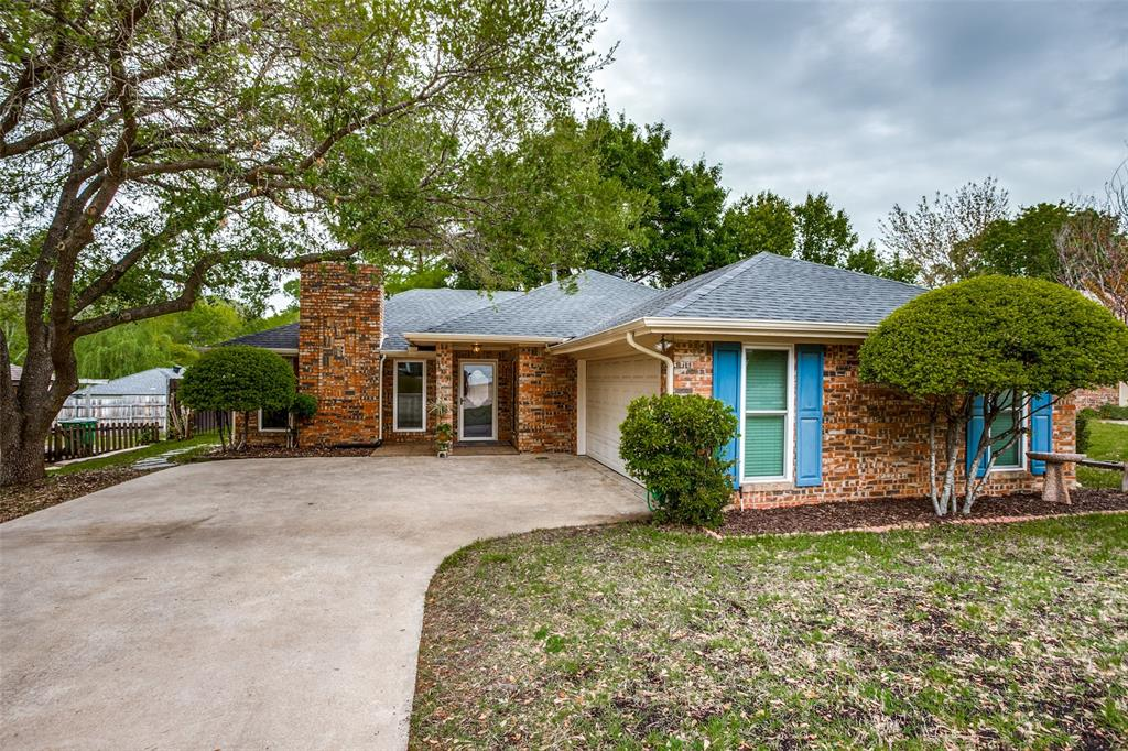 106 Forest  Lane, McKinney, Texas 75069 - Acquisto Real Estate best plano realtor mike Shepherd home owners association expert