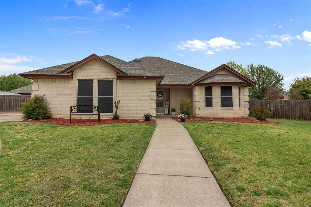 101 Saint James  Court, Rhome, Texas 76078 - Acquisto Real Estate best plano realtor mike Shepherd home owners association expert
