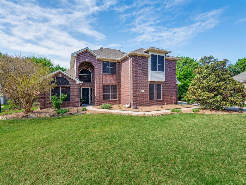311 Cottonwood  Trail, Shady Shores, Texas 76208 - Acquisto Real Estate best plano realtor mike Shepherd home owners association expert