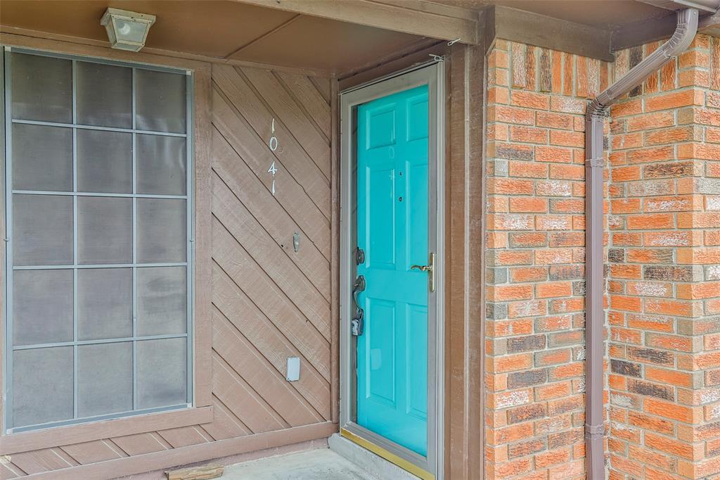 1041 Stableway Lane, Bedford, Texas 76022 - acquisto real estate best allen realtor kim miller hunters creek expert