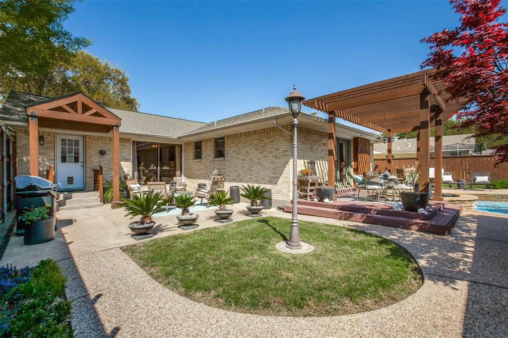 717 Ridgedale Drive, Richardson, Texas 75080 - acquisto real estaet best boutique real estate firm in texas for high net worth sellers