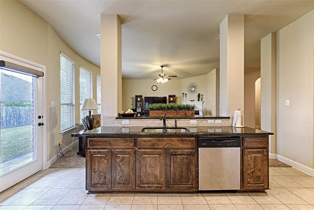 4402 Oak Bluff Drive, Melissa, Texas 75454 - acquisto real estate best real estate company to work for