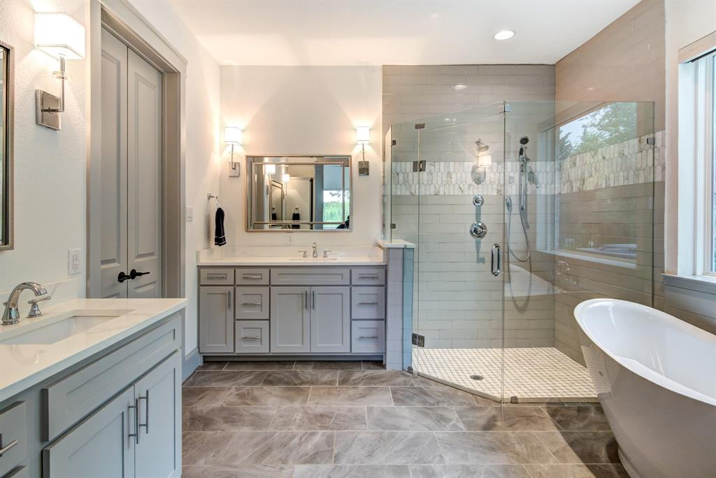 4704 Lake Shore  Drive, McKinney, Texas 75071 - acquisto real estate best real estate company in frisco texas real estate showings