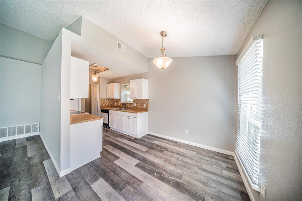 6230 Fernwood  Drive, Arlington, Texas 76001 - acquisto real estate best flower mound realtor jody daley lake highalands agent of the year