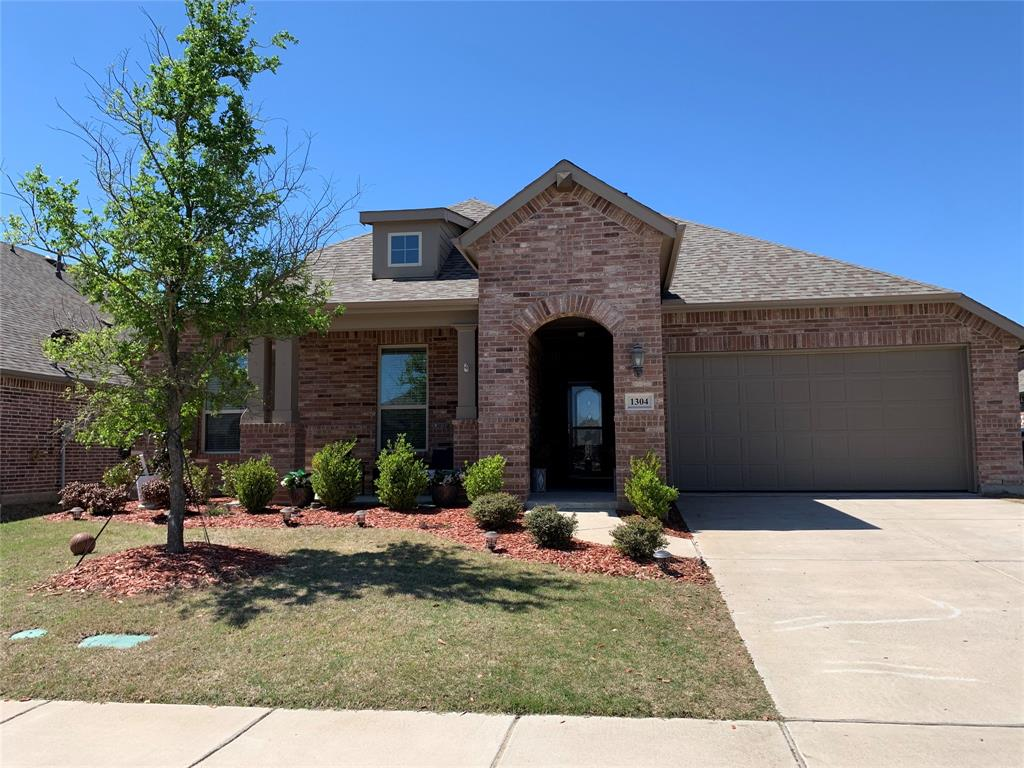 1304 Lawnview Drive, Forney, Texas 75126 - acquisto real estate best photo company frisco 3d listings