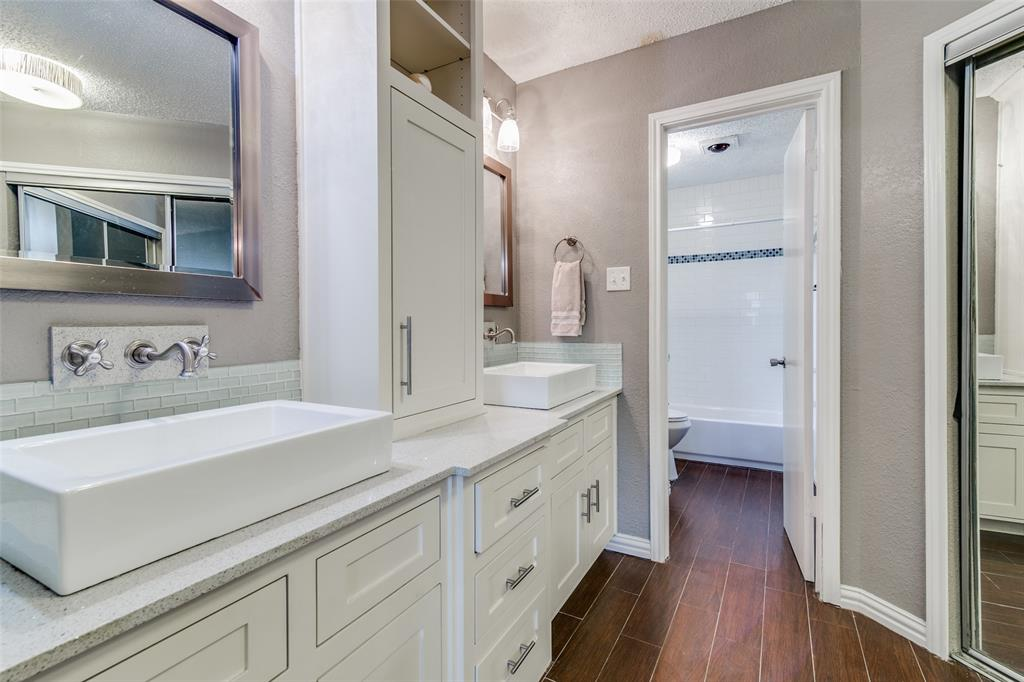 3205 Meadowood  Drive, Garland, Texas 75040 - acquisto real estate best designer and realtor hannah ewing kind realtor